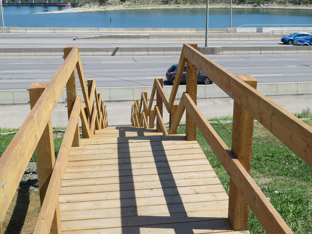Day 655-56 Walk Calgary Communities Map Series 9 - Lakeview and North Glenmore Park - Glenmore Reservoir path stairs