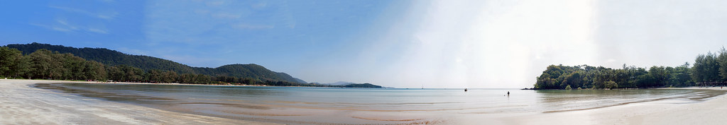 Wide Panorama at the Beach - _TNY_1925P18