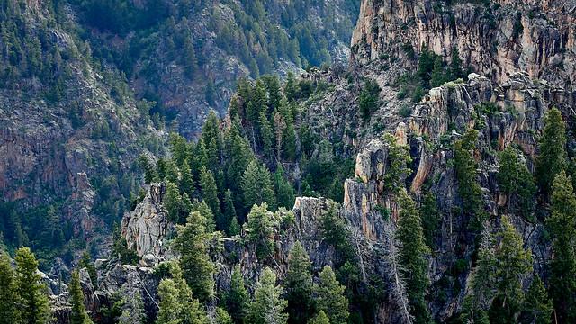 Rugged Mountains - EM100199 3