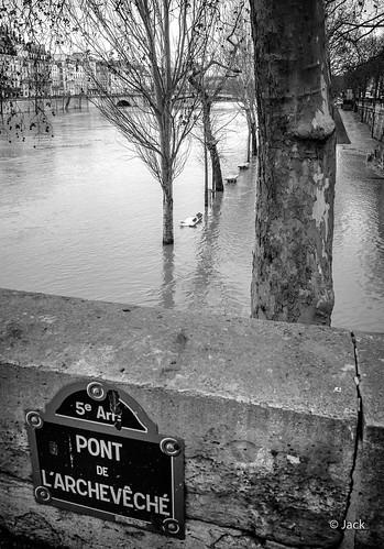 Quai sous la Seine