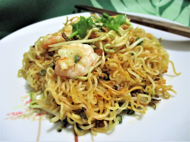Fried Daddy Mee, served