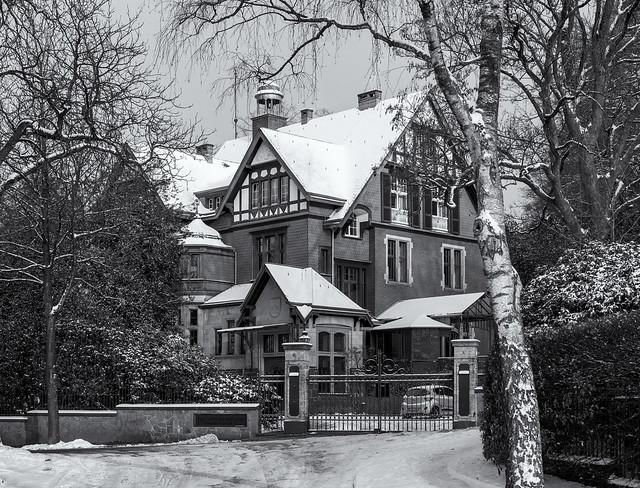 Wuppertal-Sonnborn, Zur Waldesruh 45, Villa Mittelsten-Scheid
