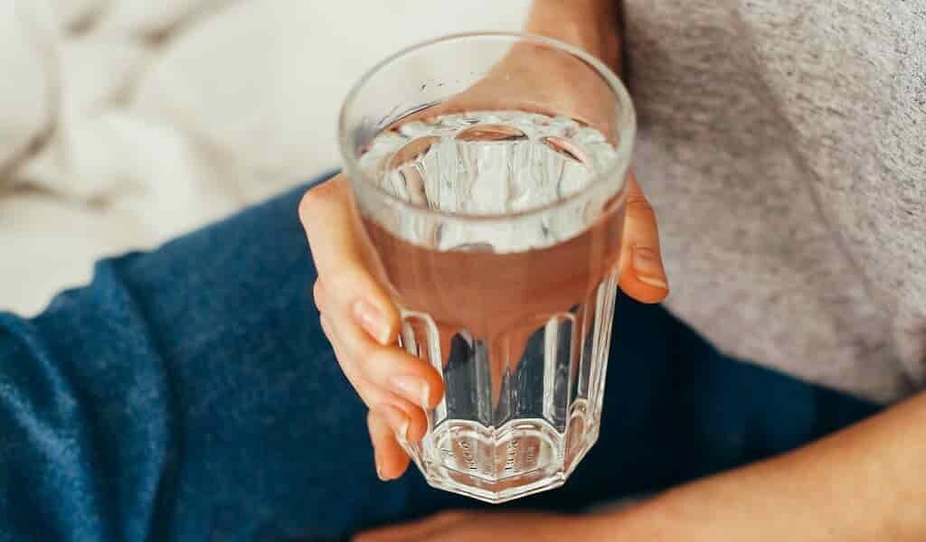 les-nitrates-dans-eau-des-mères-nuisent-au-fœtus