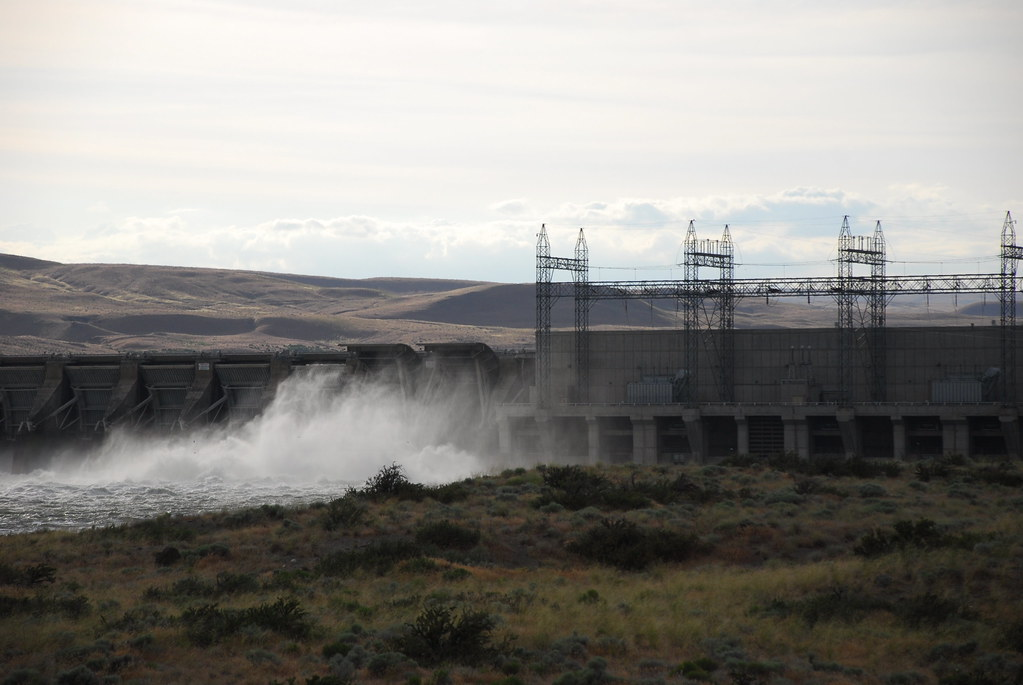 Preist Rapids Dam