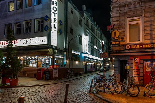 Querstraße - Hans-Albers-Platz (with Making of)