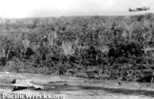 Aanval Beaufighter op vliegveld Langgoer, 31 mei 1943 (Pacificwrecks.com)