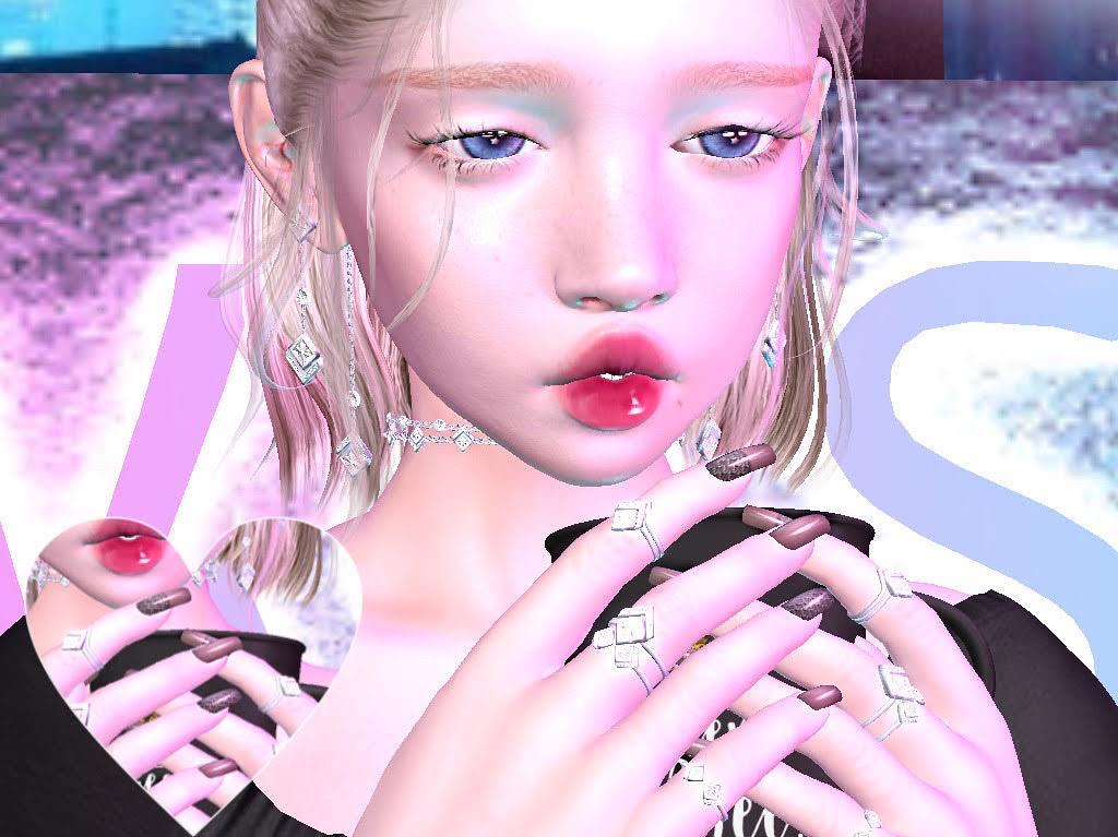 See Selena Gomezs Deep French Manicure | POPSUGAR Beauty UK