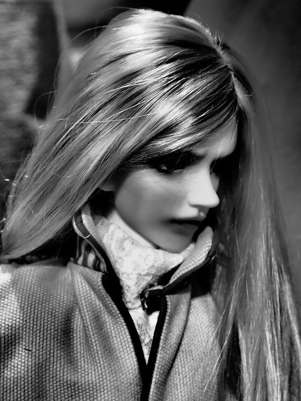 LCT, Russian Affair (Migidoll Yujin vampire) 10/02 bas p1 50926354378_bd78669011_c