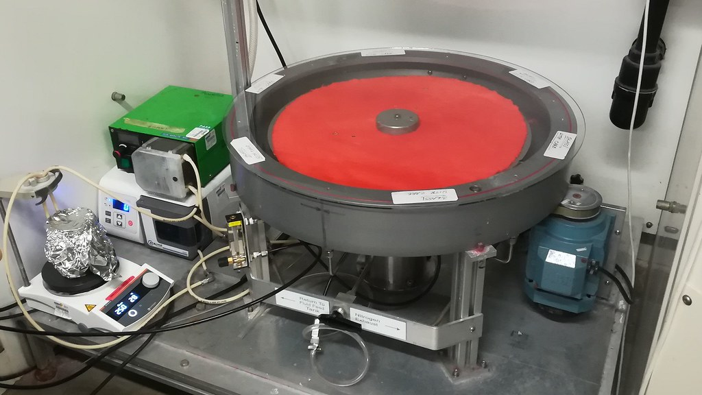 The SMDR works like a turntable and promises quicker, safer and more sustainable production of chemicals