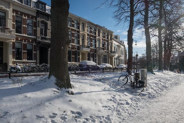 Utrecht (Wittevrouwensingel) under snow.
