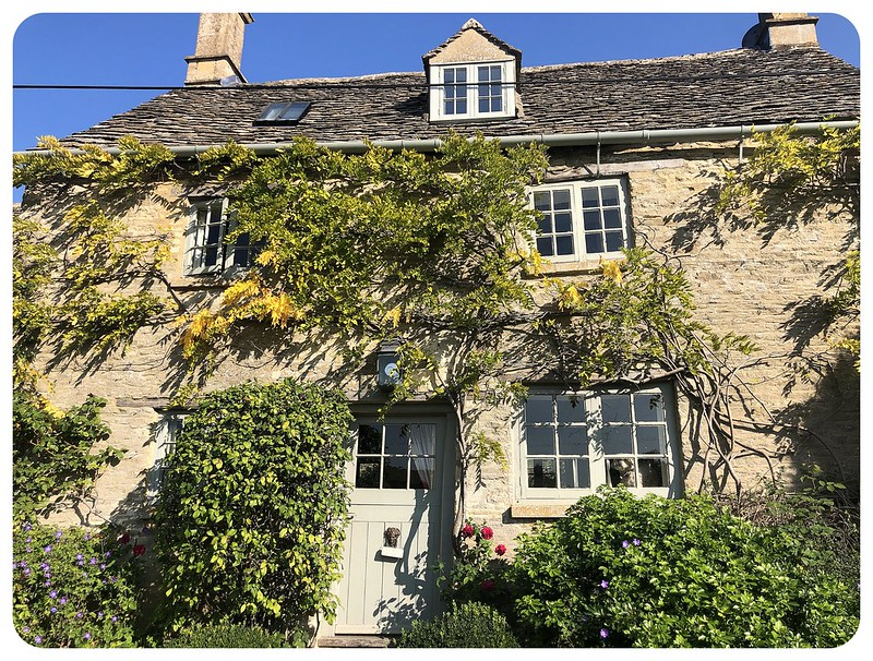 Cotswolds house1