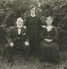 Edward and Mary Hunt with daughter Melinda