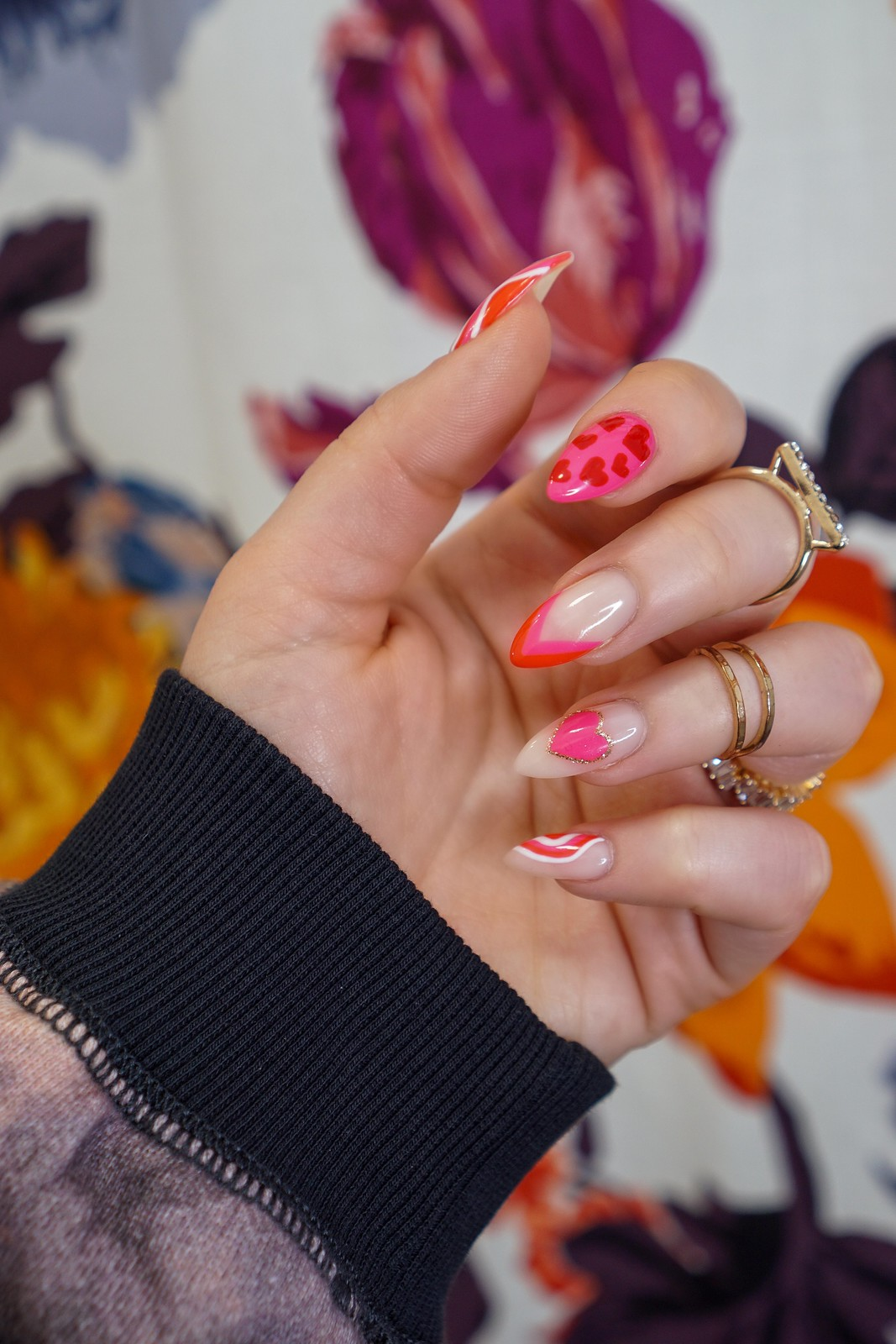 Red & Pink Valentine's Day Nails | Valentines Nails | Heart Nails | Almond Nails | Gel Manicure | Abstract Nail Art | Nail Design Inspiration | February Nails | Negative Space Nails