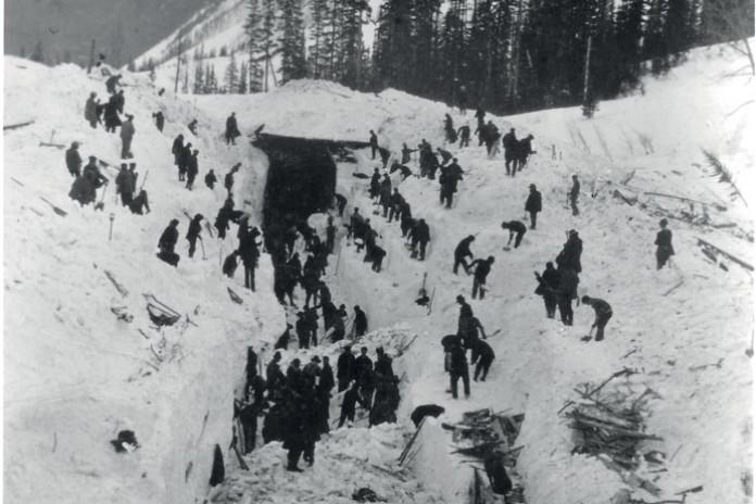 Horské tragédie: Zkáza železnice v Rogersově průsmyku