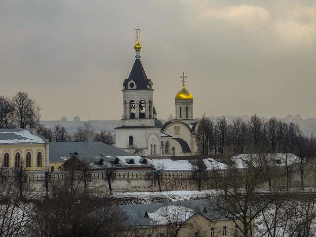 Церковь Александра Невского в Рождественском Владимирском монастыре и Собор Рождества Пресвятой Богородицы.