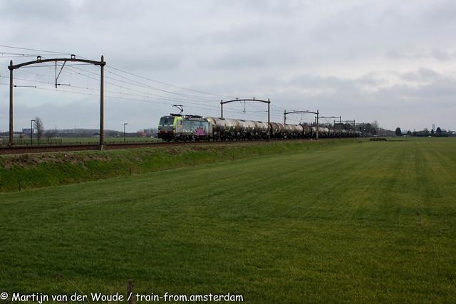 20210123_NL_Hulten_BLS Cargo 404 with tankwagon train
