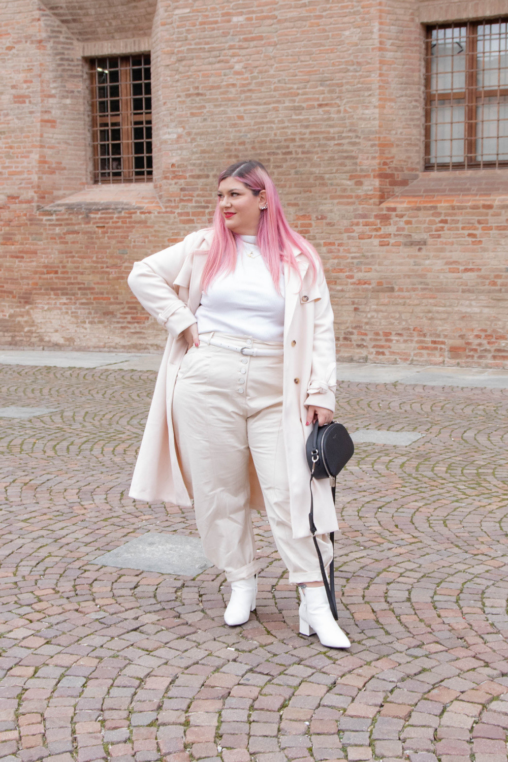 outfit curvy plus size total  white (3)