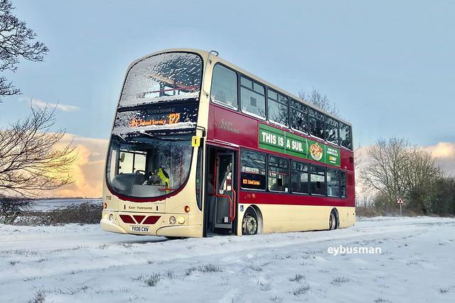 East Yorkshire 712, YX06CXN.