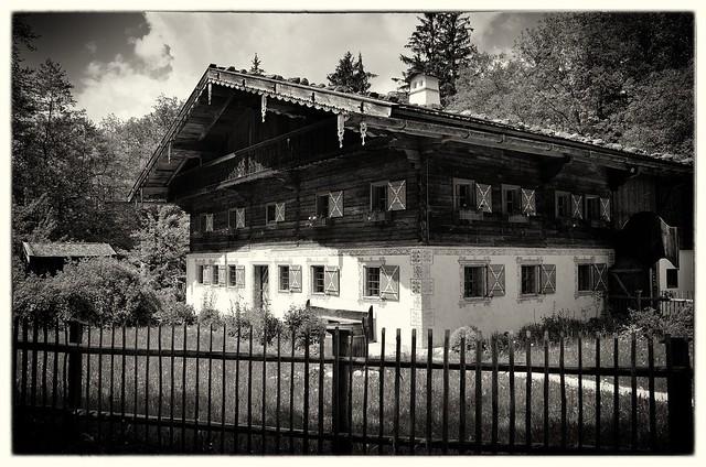 Altes Bauernhaus . . .
