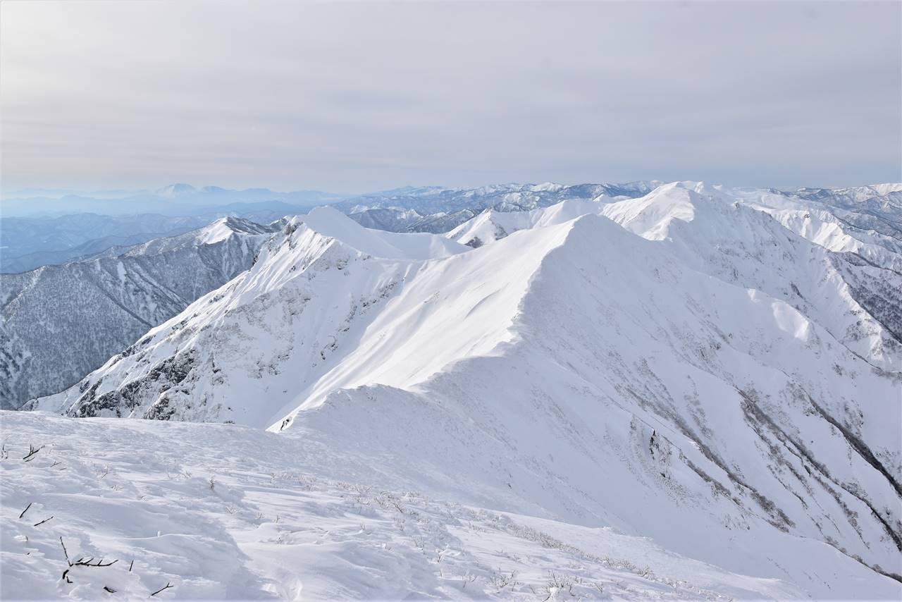 冬の谷川岳(天神尾根コース)雪山登山 雪の谷川主脈