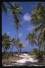 56-35 Kiribati Hull Island