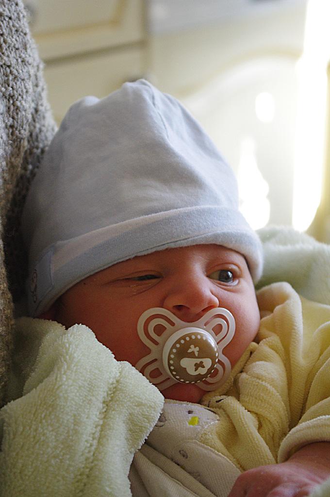 Portraits enfants / bébés - Page 25 50930954562_fd47aa335a_o