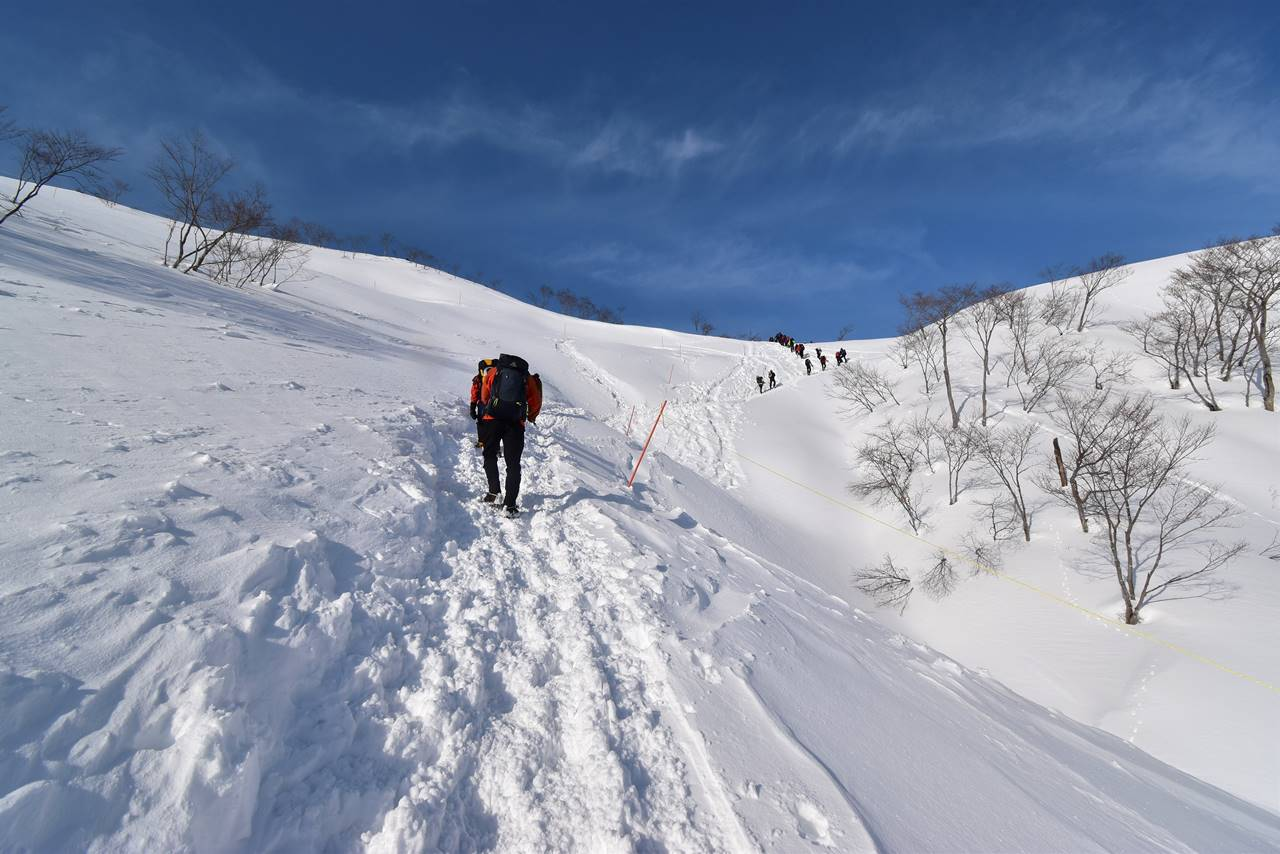 冬の谷川岳 雪山登山