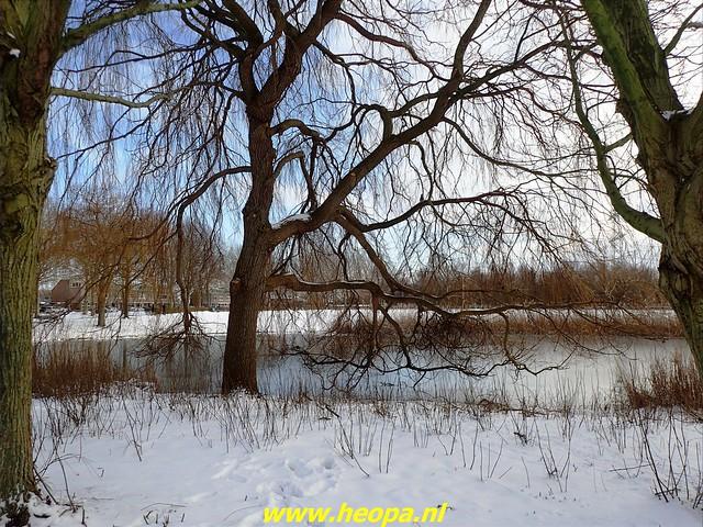 2021-02-10    Winter in          Almere-stad       20 Km (60)