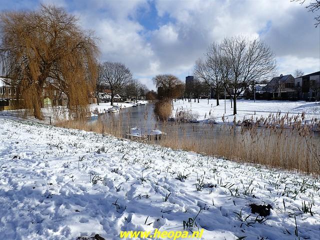 2021-02-10    Winter in          Almere-stad       20 Km (30)