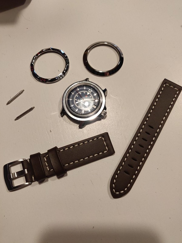 Vos montres russes customisées/modifiées - Page 13 50931656788_bfb5b14bb3_c
