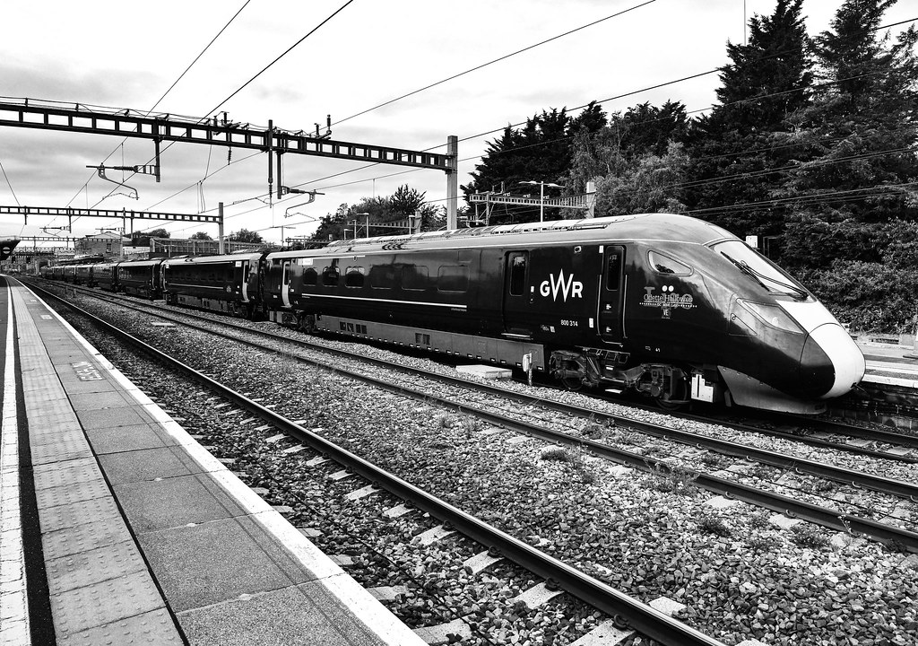 800314 Calls at Swindon on the GWML on a Cardiff to London Paddington service. This train now carries the name Odette Hallowes VE.
