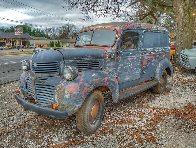 Dodge panel