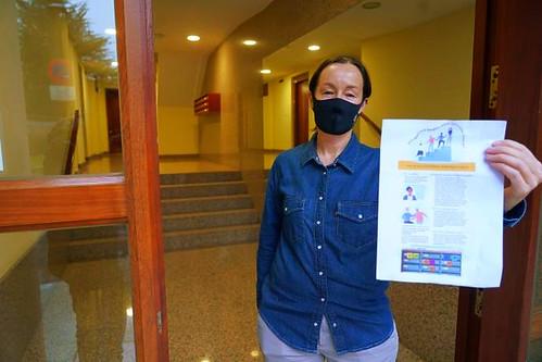 """Naomí Hasson ha lanzado recientemente """"Activa tu comunidad vecinal"""" en Getxo, inspirándose en La escalera"""