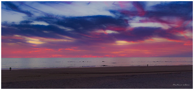 Atardecer en rojo,  azul y purpura //Sunset in red, blue and purple