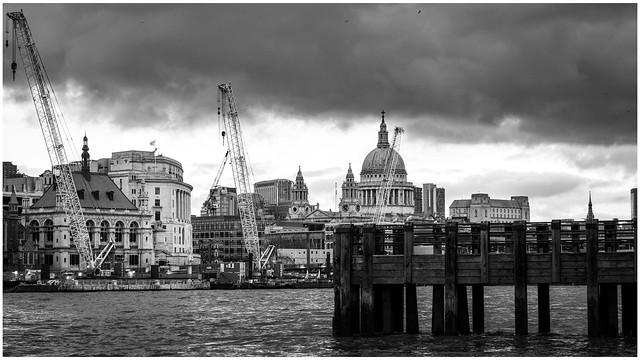 Crown Pier & St Paul's …