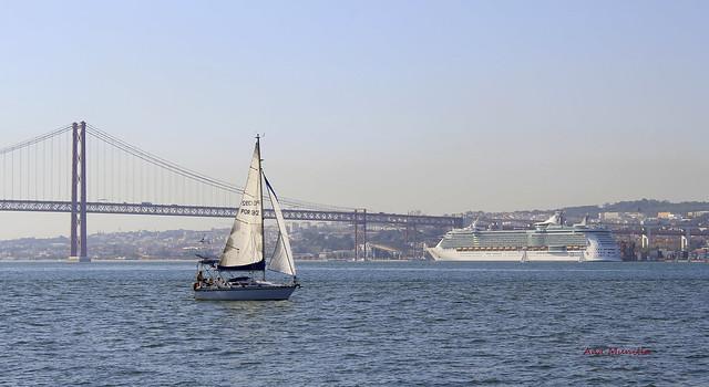 Lisboa 2011_10_12_0952  Explore!.February 12, 2021