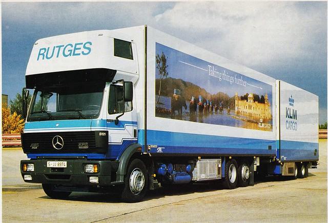 Postcard Mercedes SK MkI 2433 Porteur 6x2 Rutges Collection Mercedes-Benz France Gonesse (95 Val de Marne) 1993a