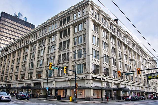 2021 - Vancouver - Hudson's Bay Store