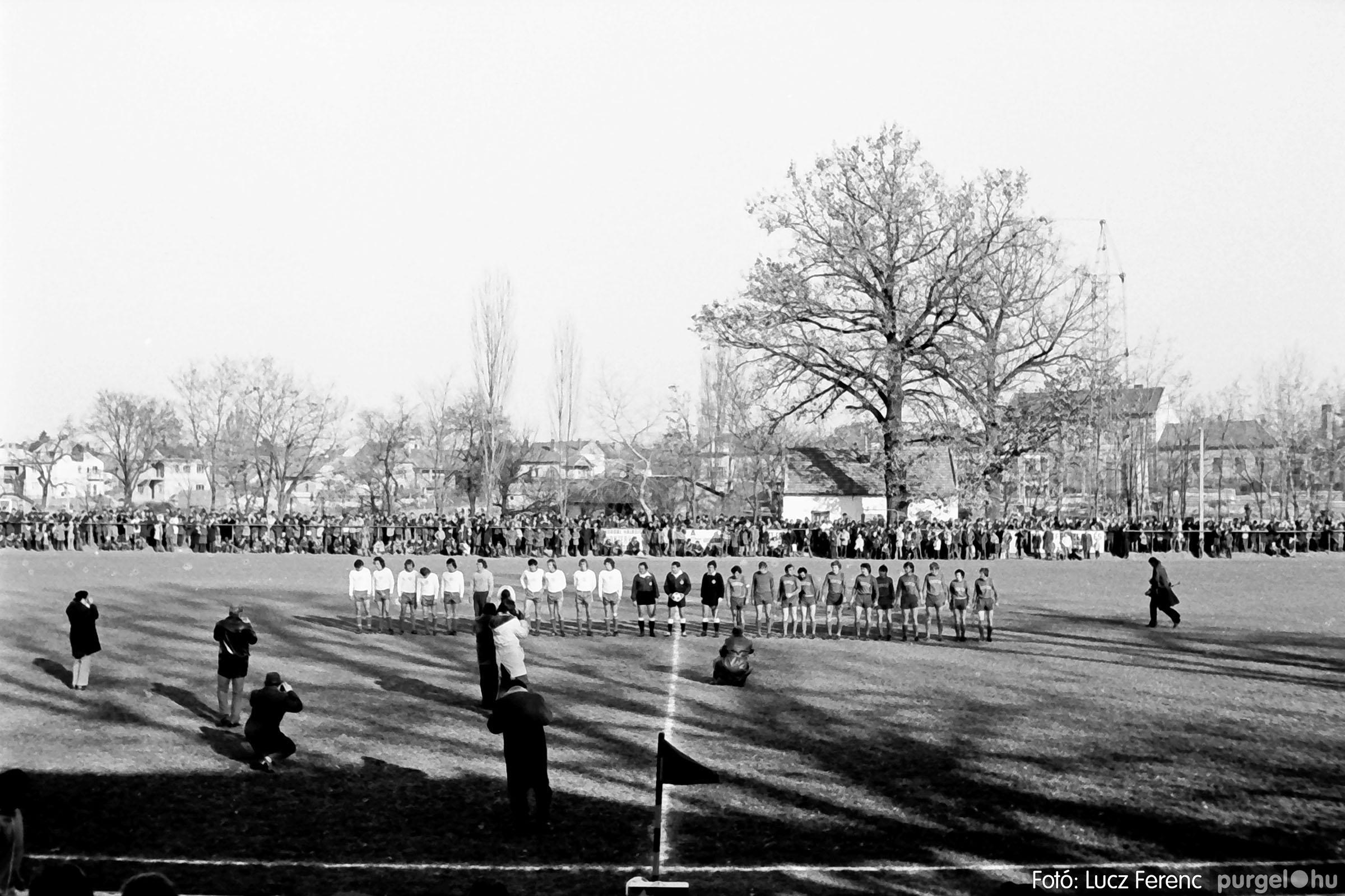 028 1975. Mérkőzés Szentesen 007 - Fotó: Lucz Ferenc IMG00066q.jpg