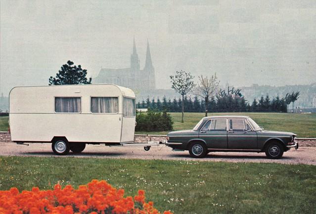 Postcard Simca 1301 Spécial + Caravane France-Confort 400GT Collection L'Auto-Journal 1972a