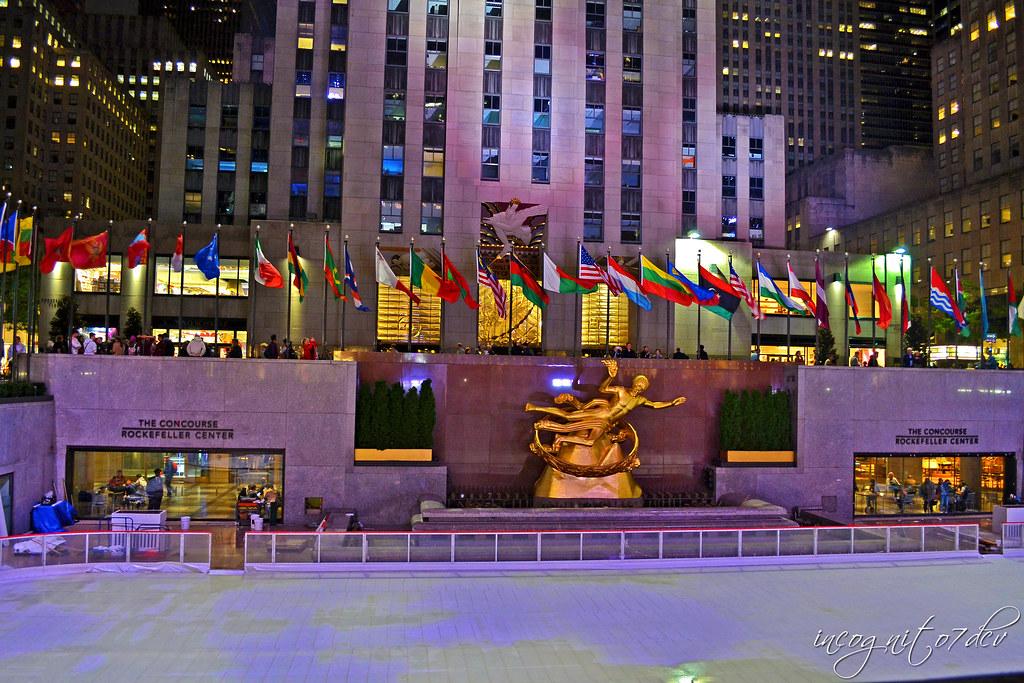 Prometheus Sculpture Statue Fountain & Preparations for The Rink Rockefeller Center Midtown Manhattan New York City NY P00800 DSC_9647