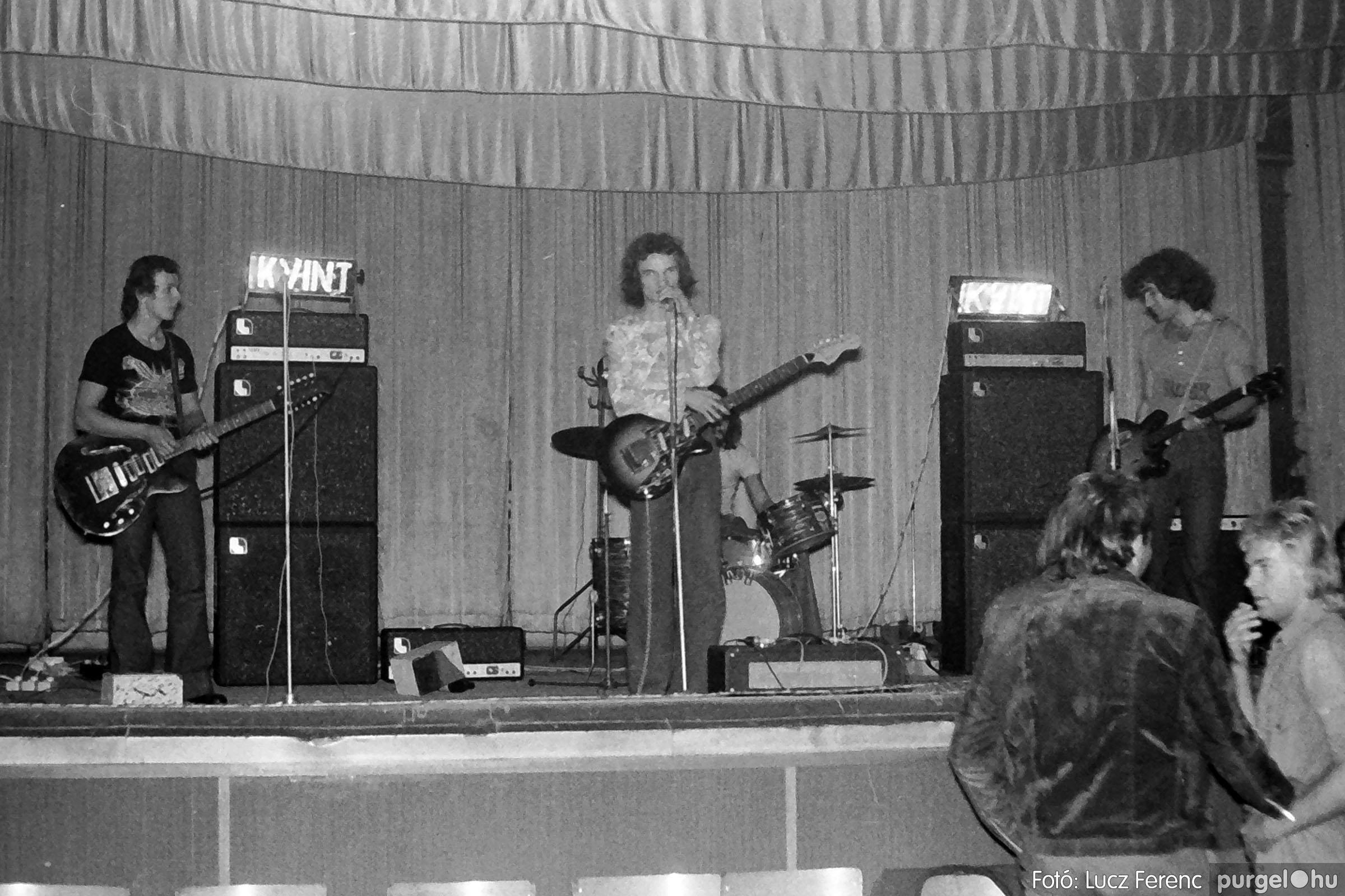 024 1975. A Kvint, az LWH és a Keopsz Együttesek koncertje 005 - Fotó: Lucz Ferenc IMG00183q.jpg