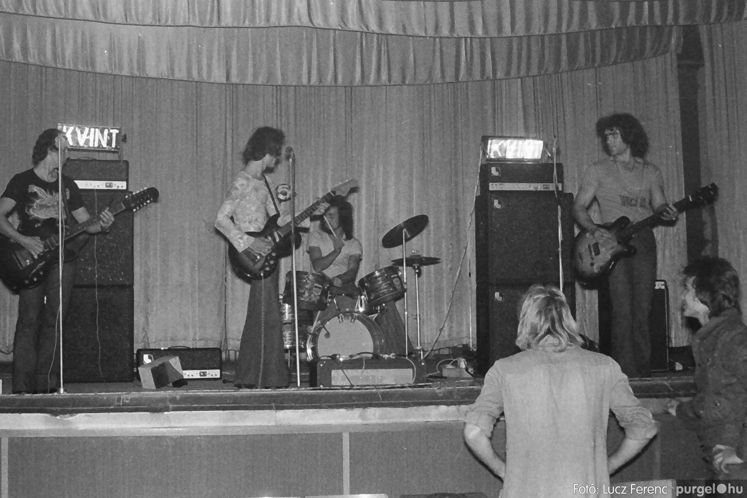 024 1975. A Kvint, az LWH és a Keopsz Együttesek koncertje 004 - Fotó: Lucz Ferenc IMG00182q.jpg