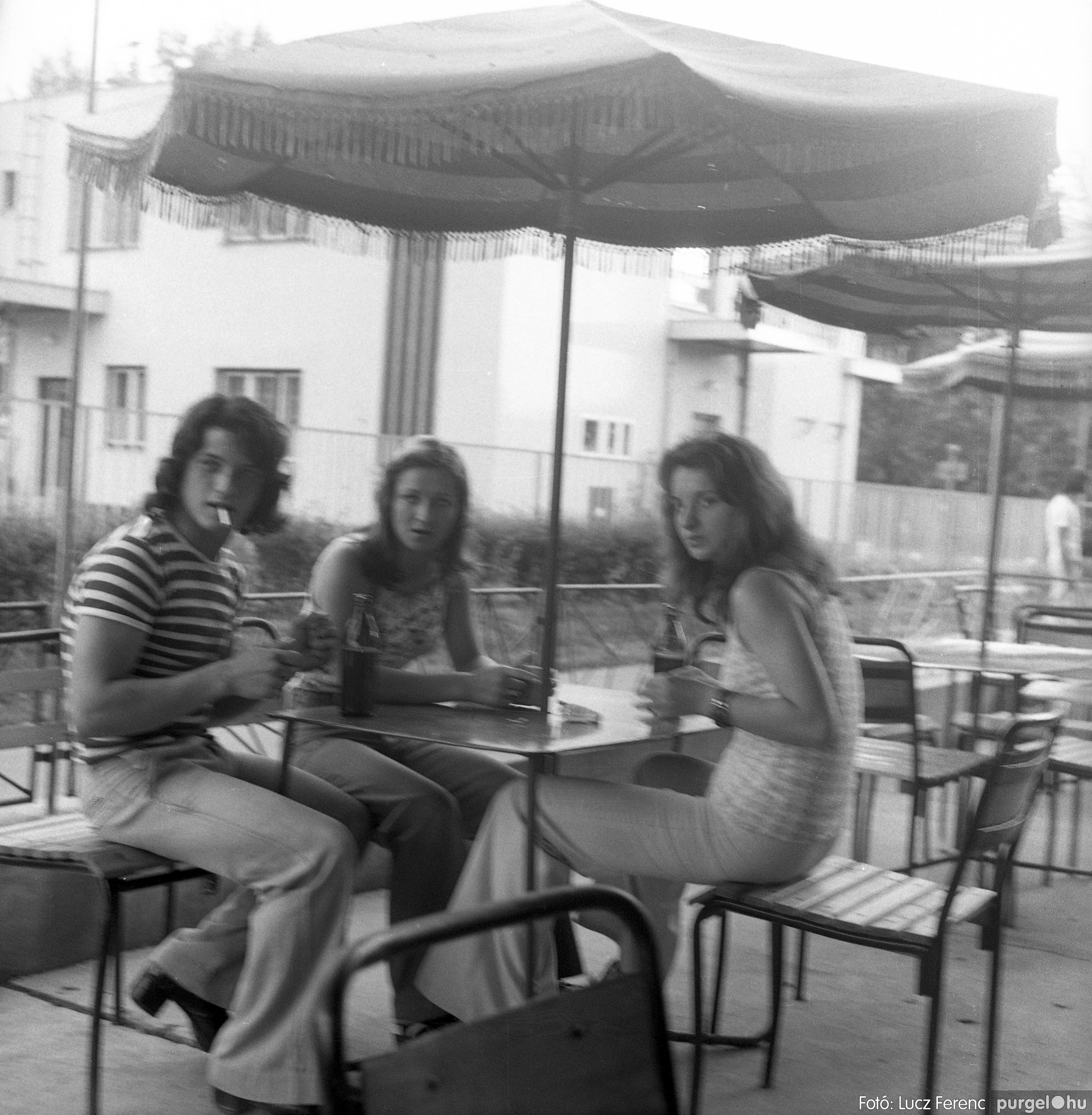 027. 1975. Buli a kultúrban 009. - Fotó: Lucz Ferenc.jpg