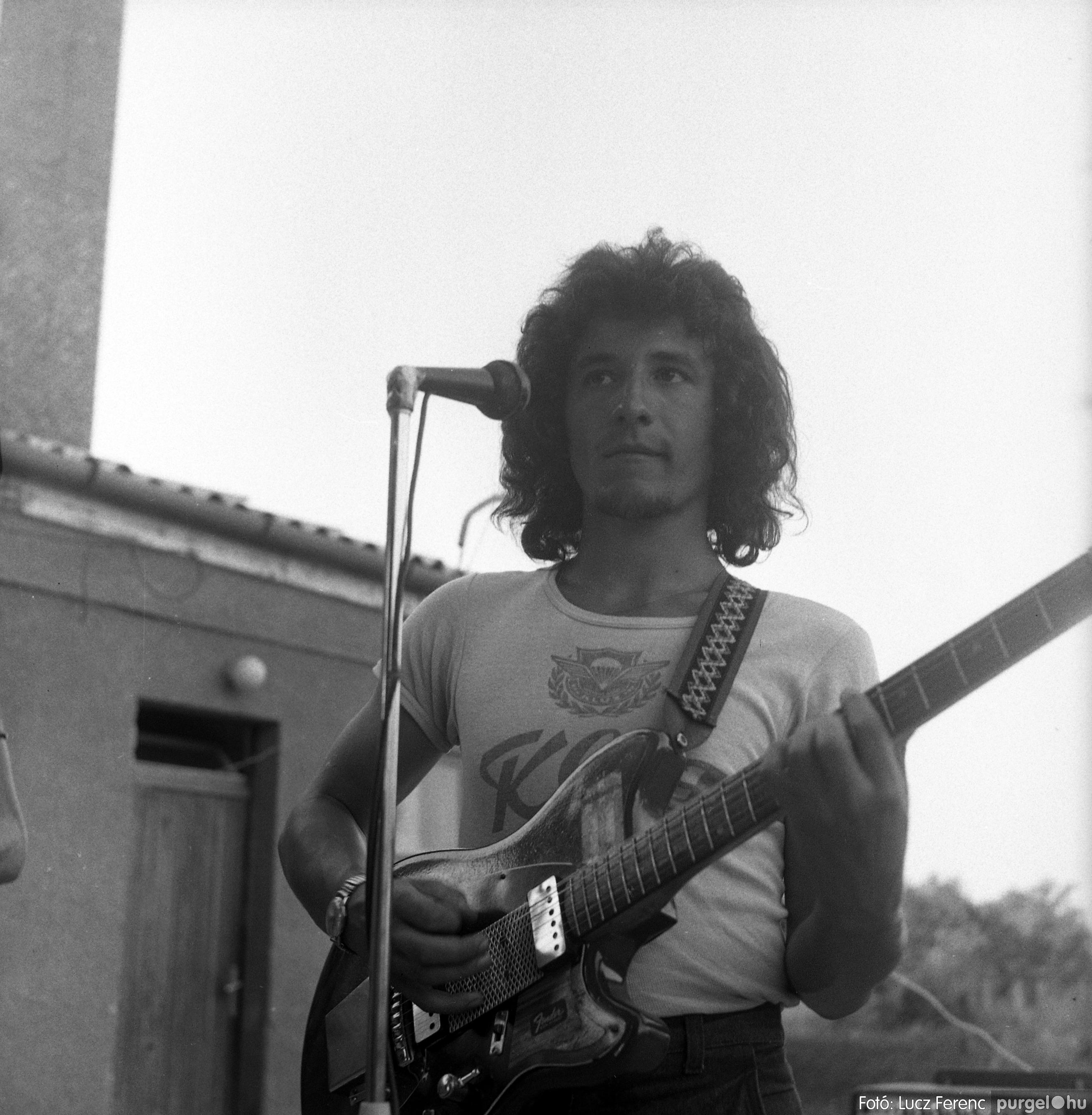 027. 1975. Buli a kultúrban 002. - Fotó: Lucz Ferenc.jpg