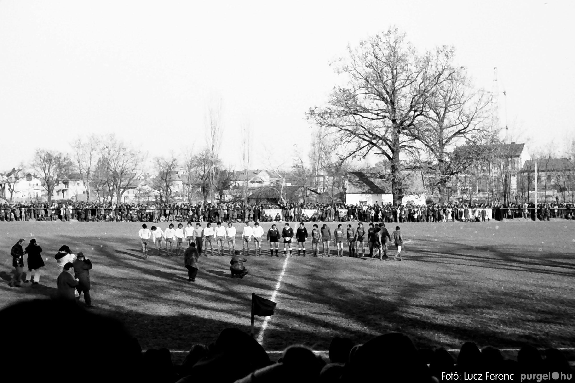 028 1975. Mérkőzés Szentesen 006 - Fotó: Lucz Ferenc IMG00065q.jpg