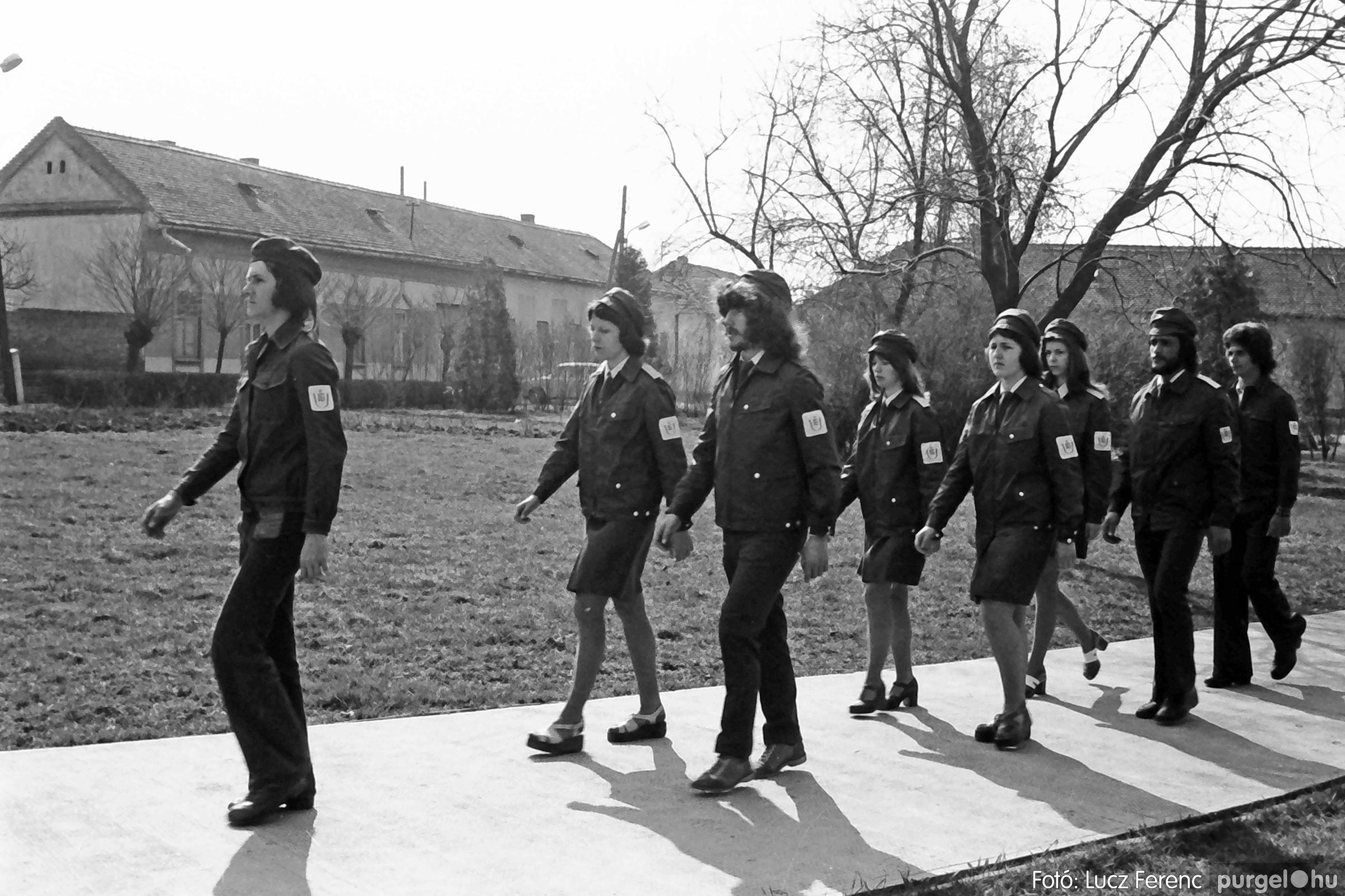 040. 1976.04.04. Április 4-i ünnepség 020. - Fotó: Lucz Ferenc - IMG00236q.jpg