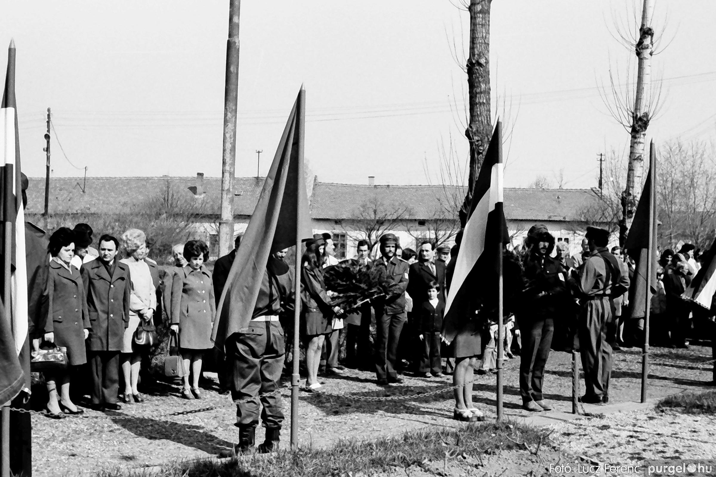 040. 1976.04.04. Április 4-i ünnepség 014. - Fotó: Lucz Ferenc - IMG00226q.jpg