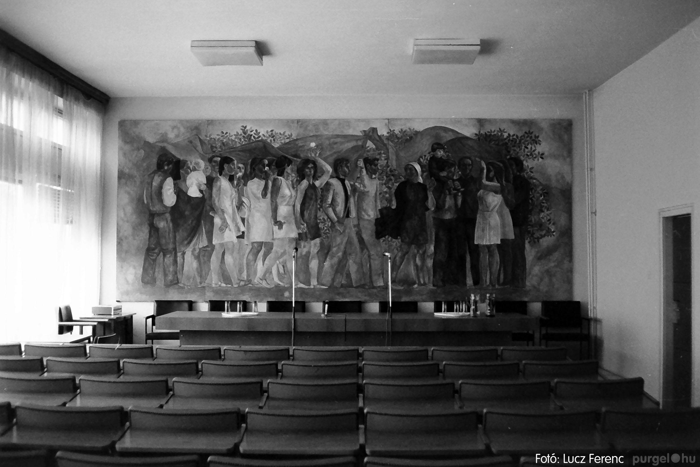 036. 1976. Tanácskozás a pártházban 006 - Fotó: Lucz Ferenc.jpg