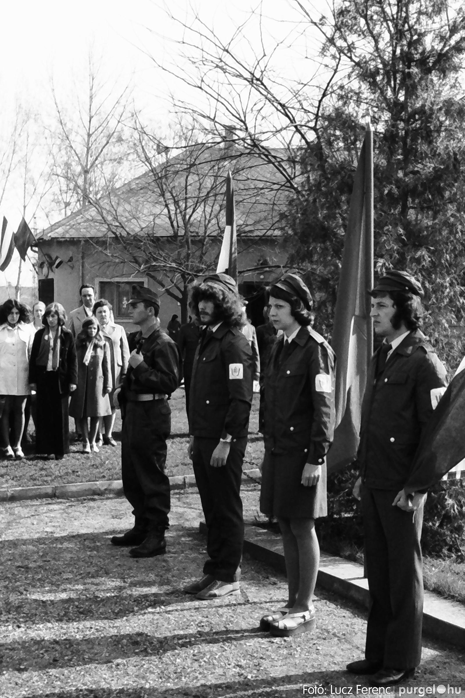 040. 1976.04.04. Április 4-i ünnepség 019. - Fotó: Lucz Ferenc - IMG00235q.jpg